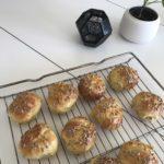 Lækre og svampede solsikkeboller med gulerod 3