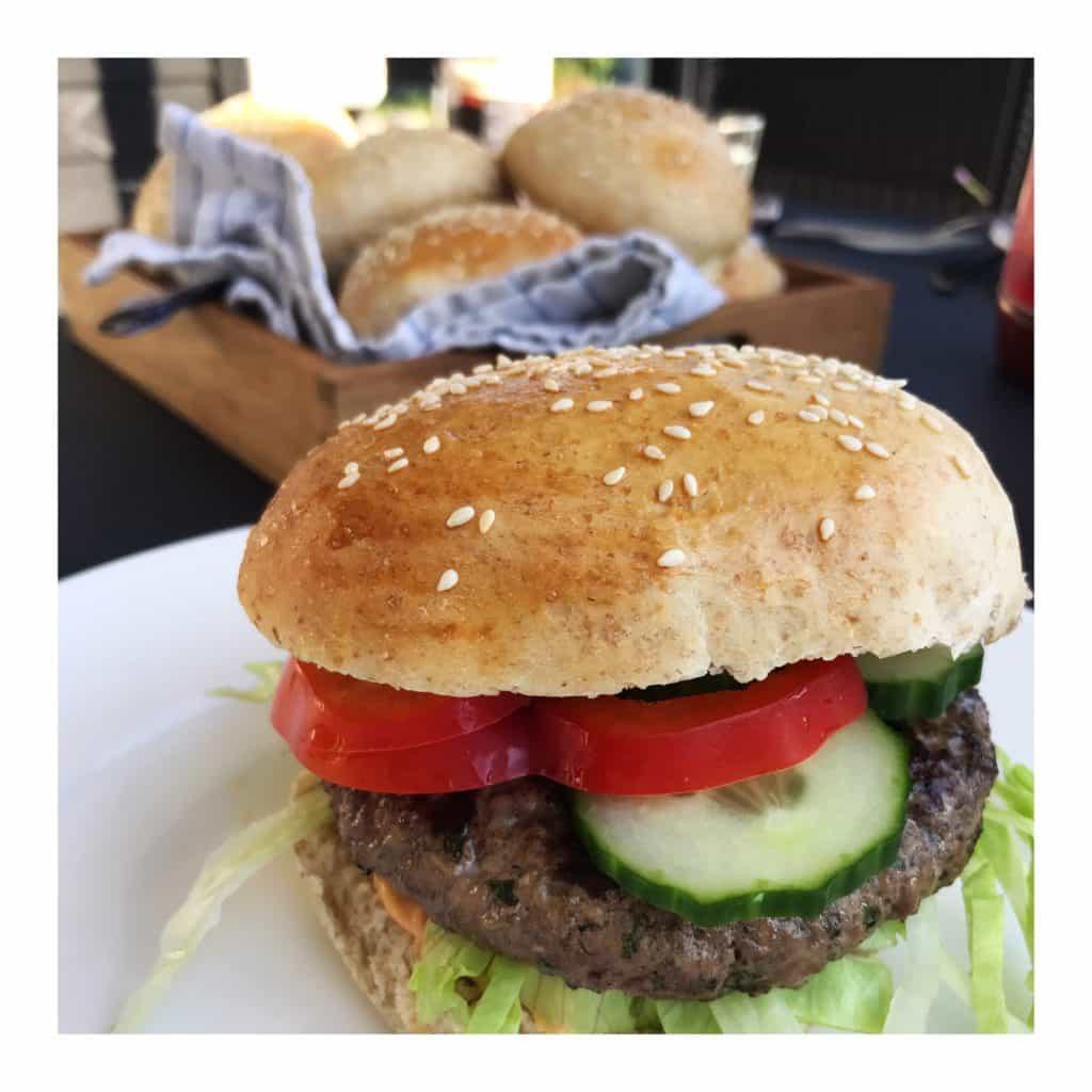 Burgerboller med sesam